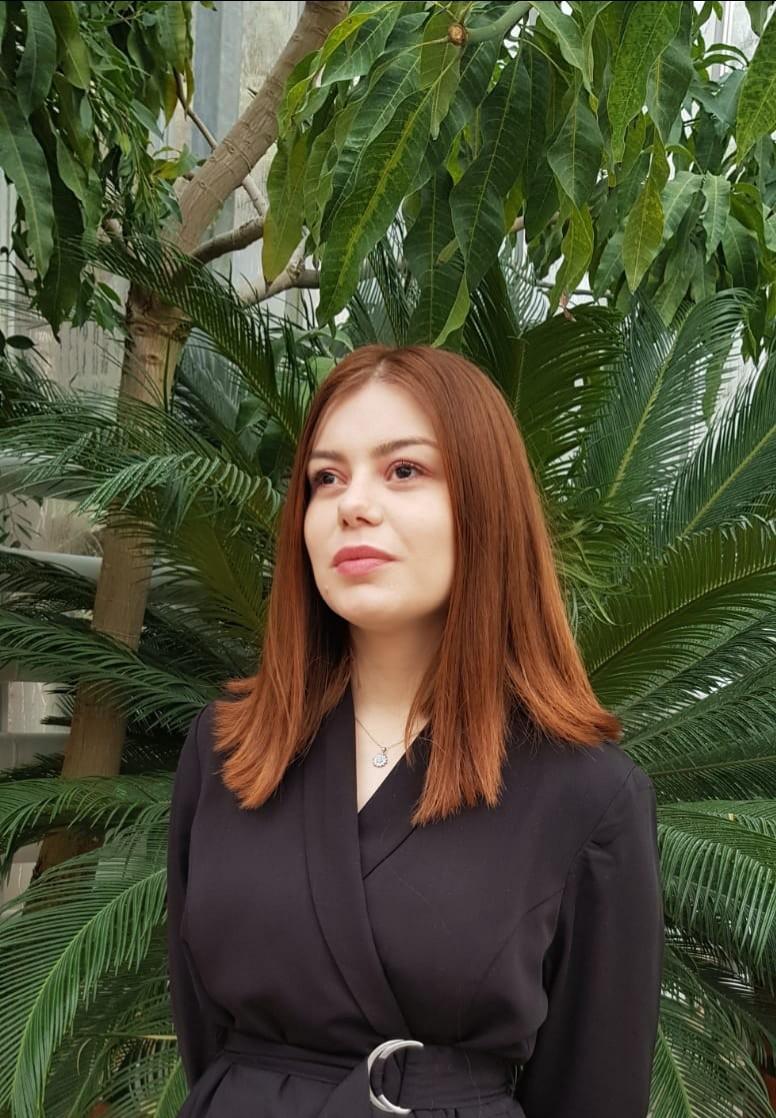 Maria-Gabriela Corț